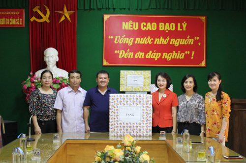 Đoàn công tác của Hội LHPN Hà Nội thăm, tặng quà trung tâm điều dưỡng người có công số 2