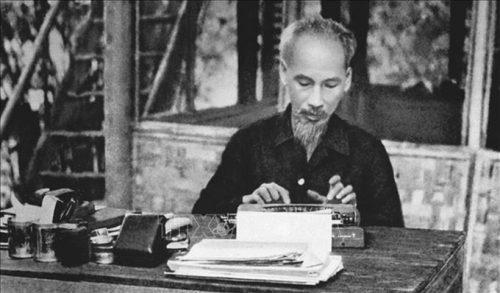Chủ tịch Hồ Chí Minh - người đặt nền móng cho ngành tuyên giáo. Ảnh tư liệu