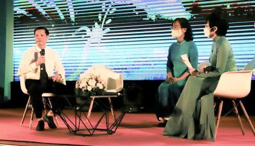 Các khách mời tham dự toạ đàm