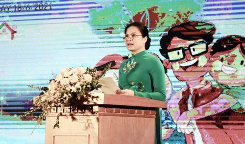 Đồng chí Hà Thị Nga - Uỷ viên Trung ương Đảng, Chủ tịch Hội LHPN Việt Nam phát biểu tại chương trình