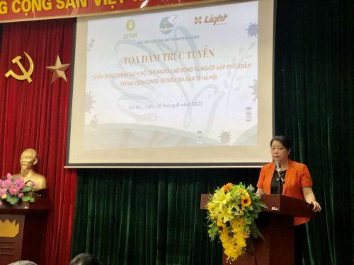 Đồng chí Nguyễn Thị Thu Thủy, Phó Chủ tịch Thường trực Hội LHPN Hà Nội phát biểu khai mạc buổi tọa đàm.