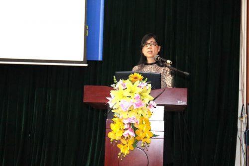 Đồng chí Đào Thị Vi Phương - Phó ban Chính sách Luật pháp - Hội LHPN Việt Nam  giới thiệu về Văn phòng dịch vụ 1 điểm đến OSSO.