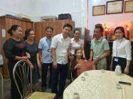 Đồng chí Hà Minh Hải - Bí thư Quận uỷ cùng lãnh đạo các phòng, ban, Hội LHPN quận tại mái ấm tình thương của mẹ liệt sỹ Đỗ Thị Nghiêm