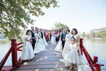 13 cặp đôi khuyết tật chụp ảnh cưới tại cầu Thê Húc, Hà Nội (Ảnh: BTC)